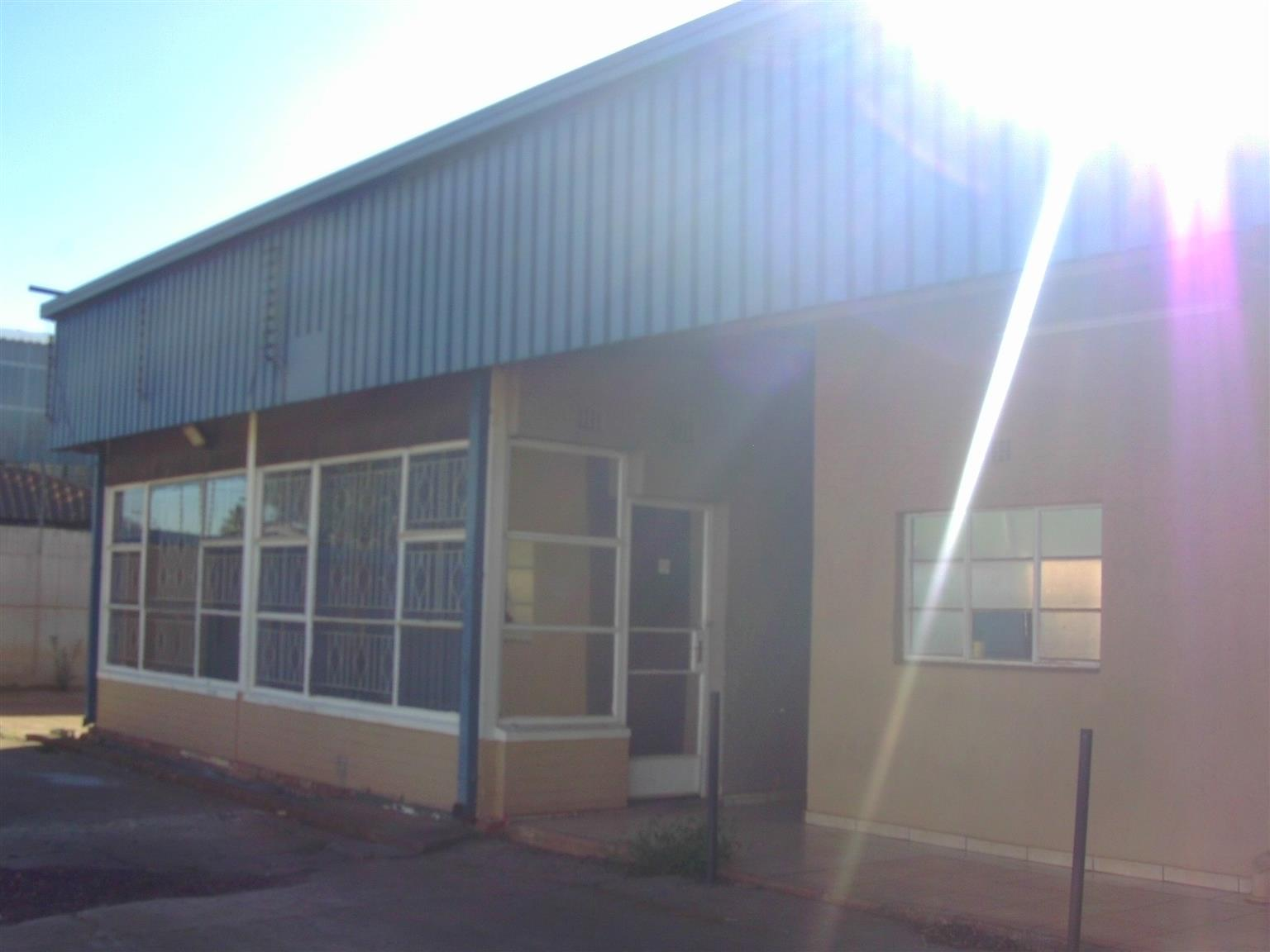 4270m² Factory/Warehouse to let in the heart of Anderbolt, Boksburg.