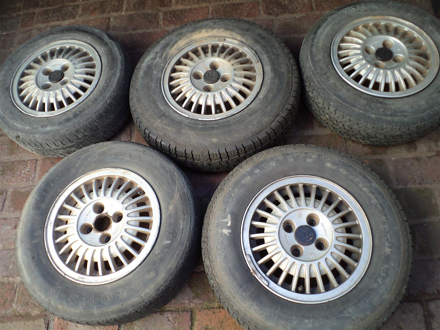 Golf / Passat mk1 mags and tyres