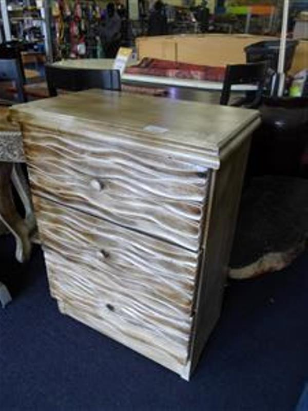2 Chest of Drawers and 2 Half Moon Side Tables