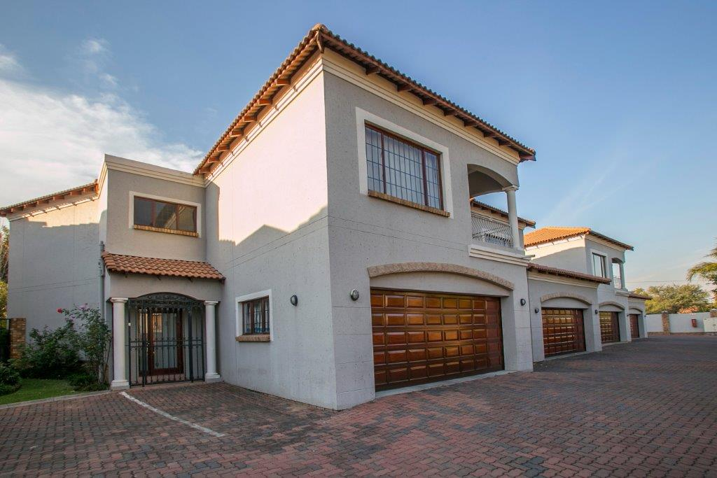 4 Bed Townhouse Fourways