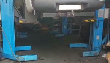 4 x 4  1/2 ton Mobile lift