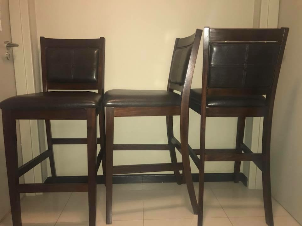 4x Wood Frame and Leather Barstools