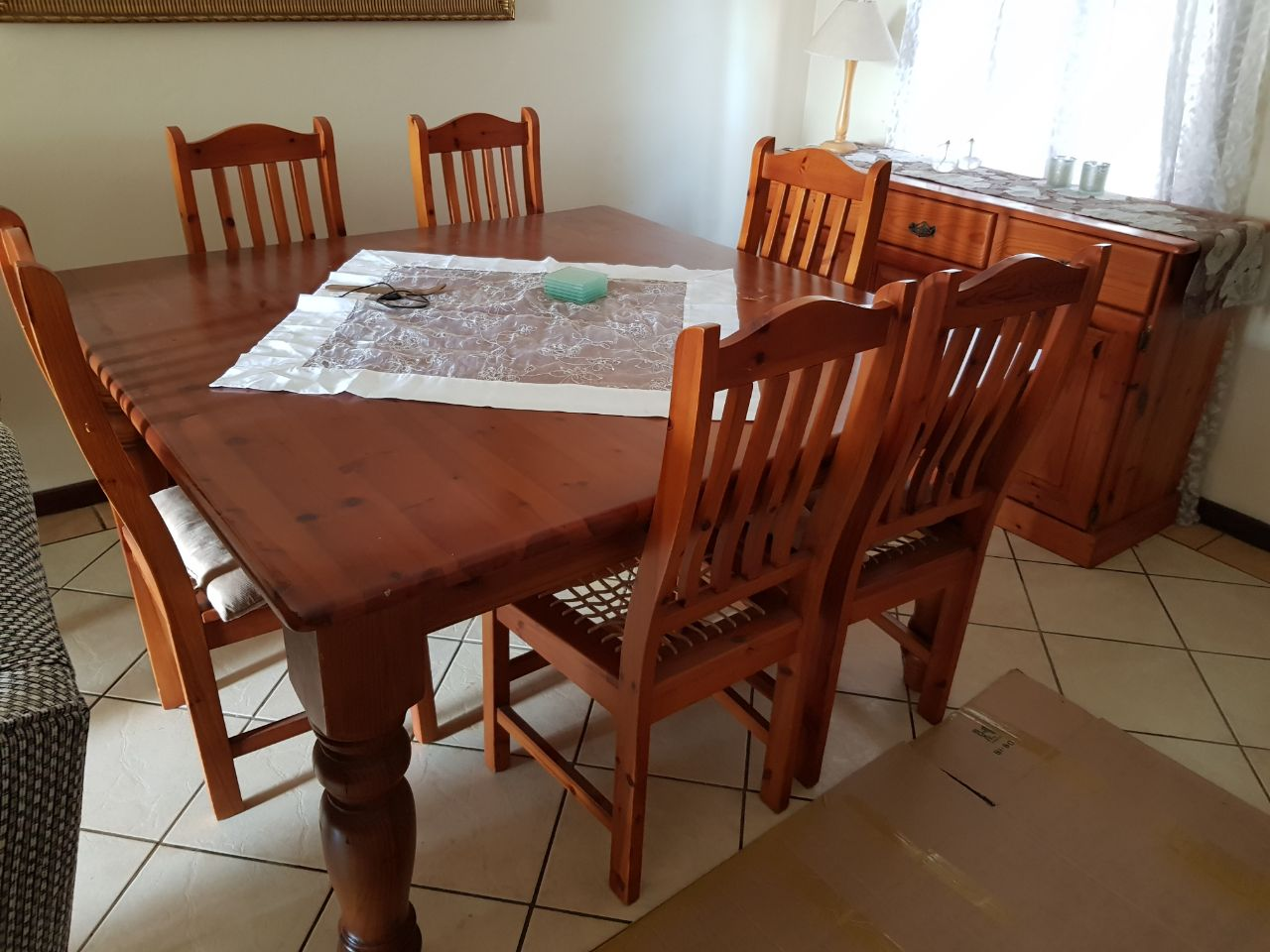 Oregon Dining Room Set With Buffet