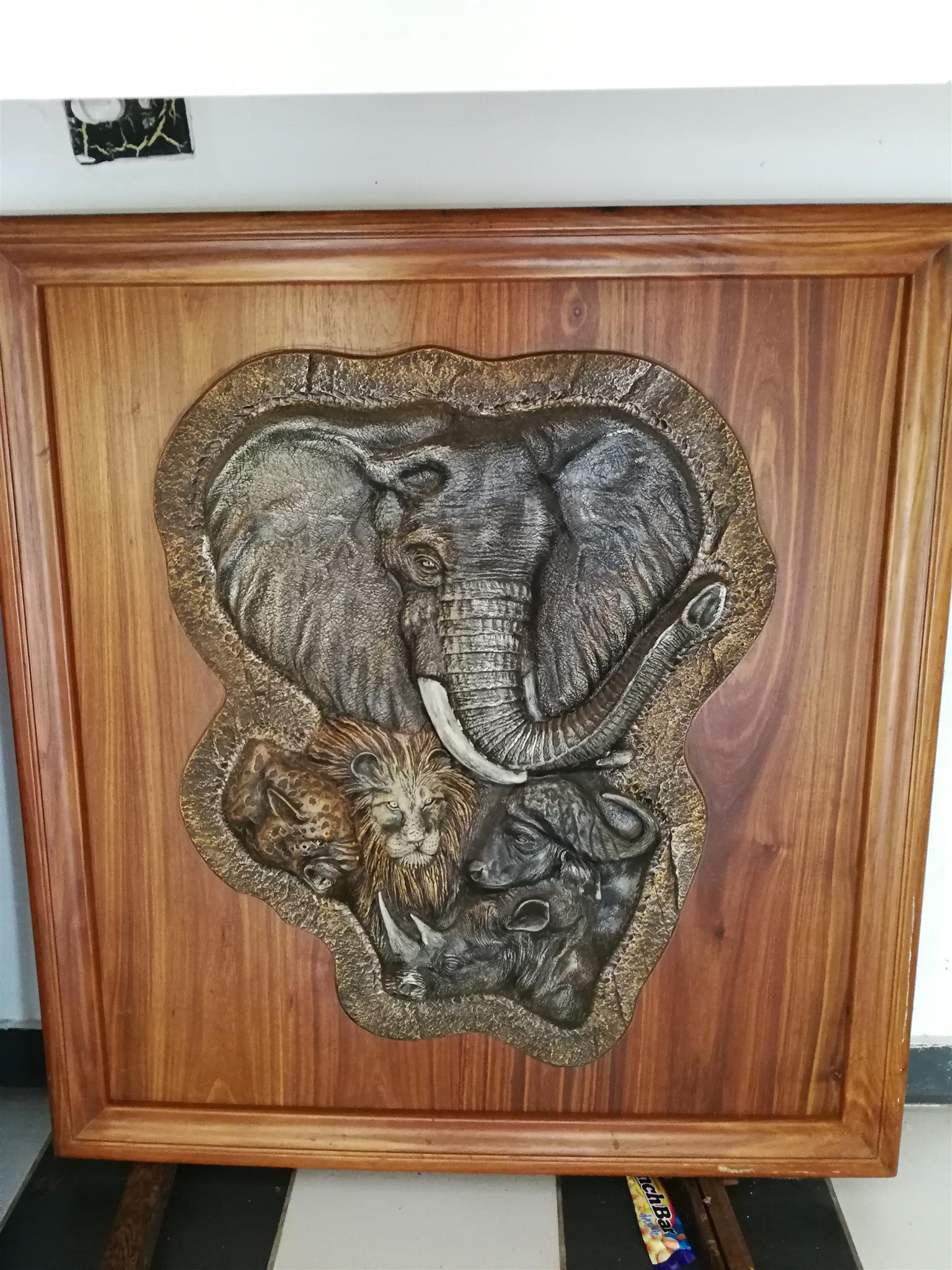 Big 5 animals on solid kiaat wood - R1000