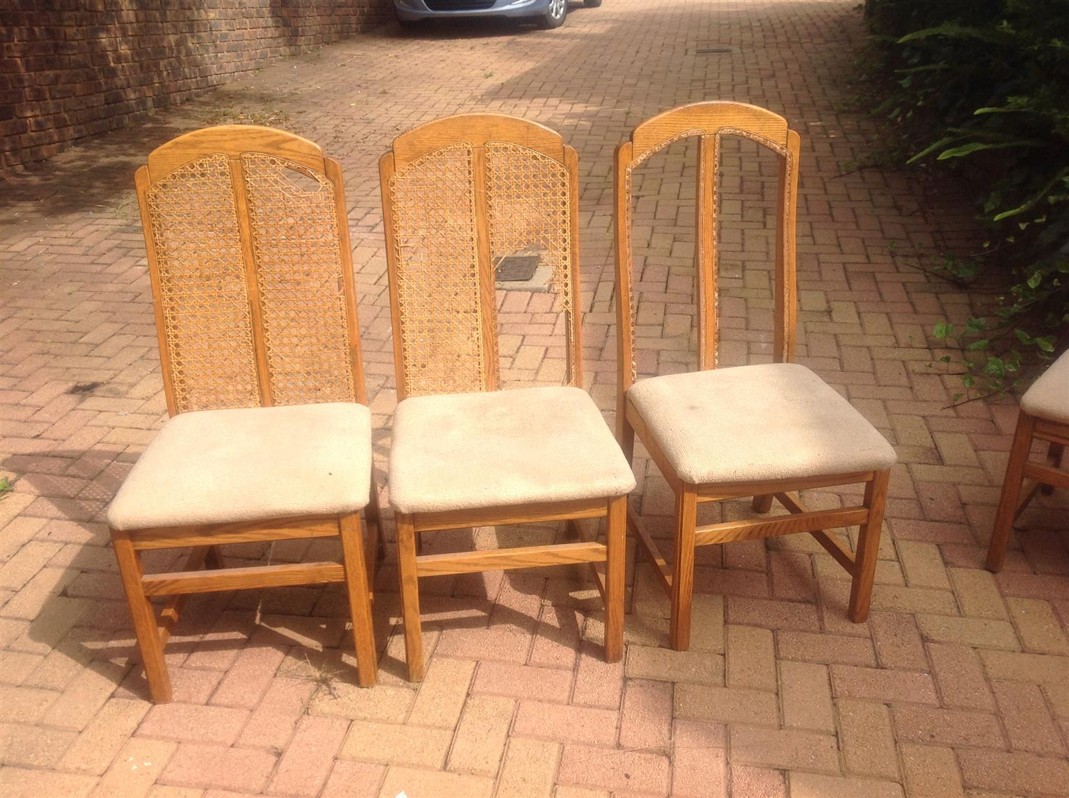 Solid oak table with 8 chairs