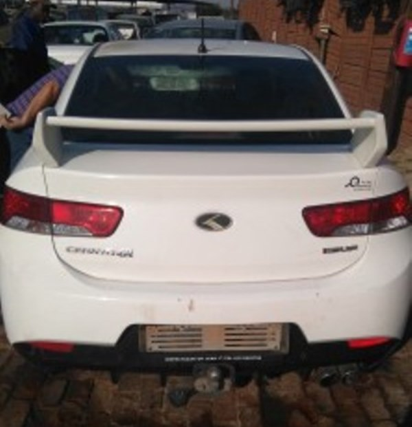 Cerato Koup SR 2011 now for stripping of parts.