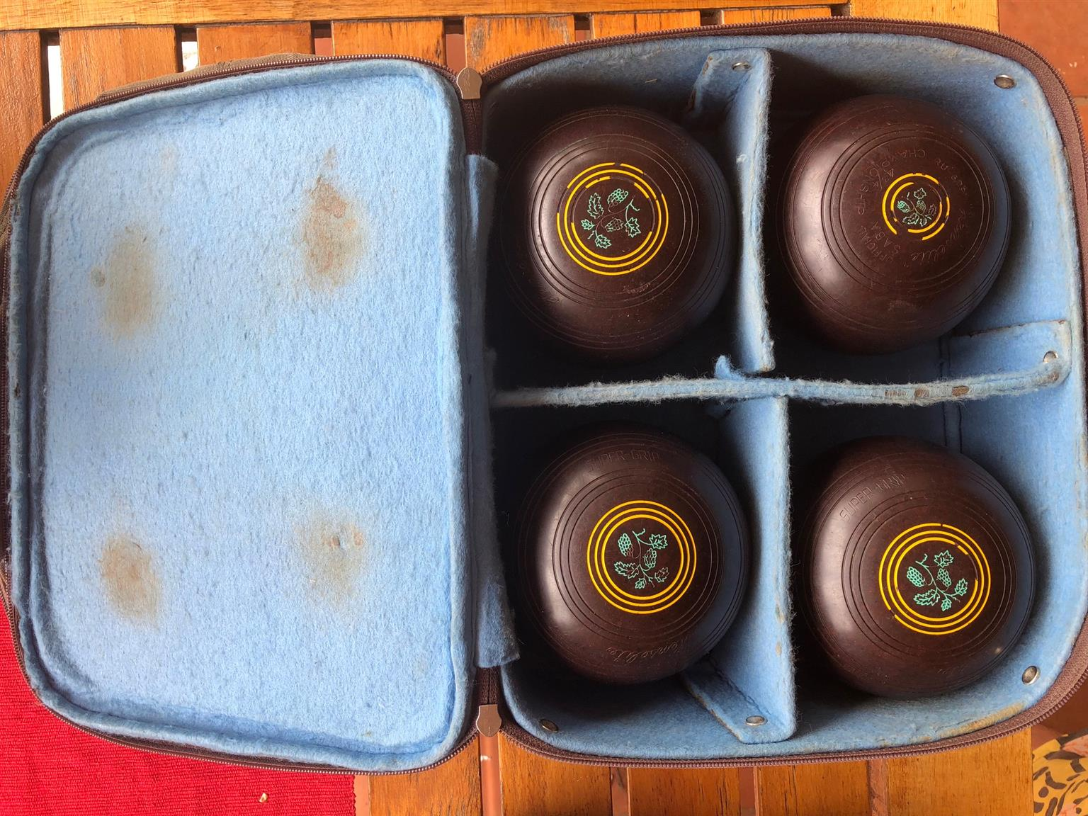Lawn bowls / rolballe for sale