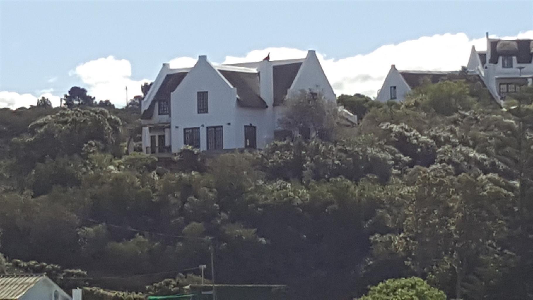 Beautiful Home, Fantastic Setting, Magnificent Views