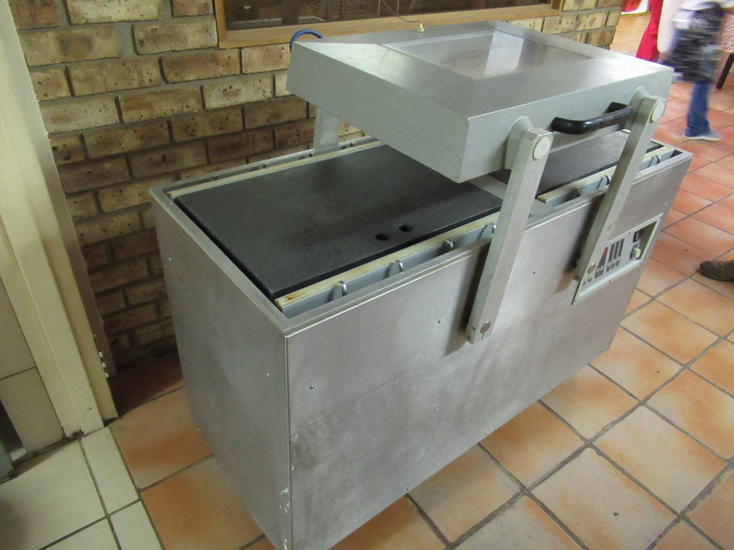 Audion Elektro VM 251 LL , Double Chamber -  Onsite Auction Of A Butchery And Meat Processing Equipment