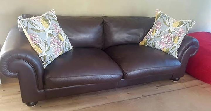 3 seater (2.6m) genuine leather Coricraft couch.