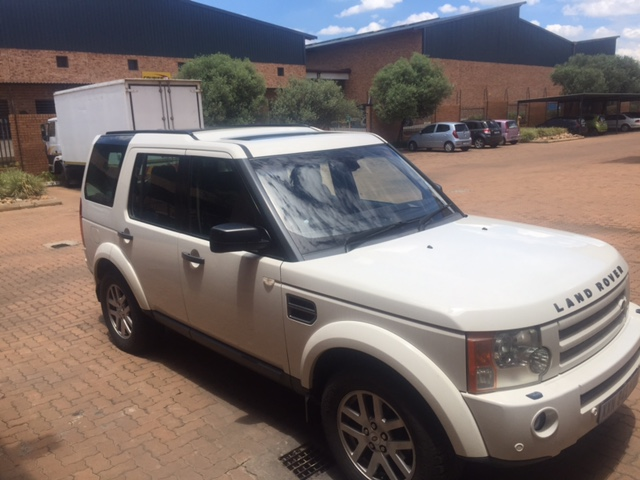 2009 Land Rover Discovery 3 Junk Mail