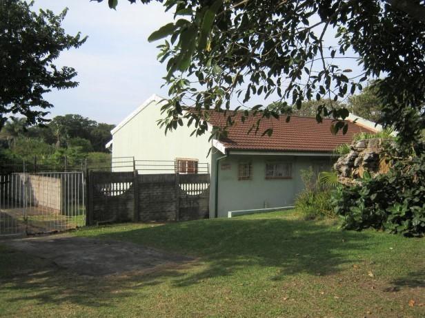 3 Bedroom, 2 Bathroom House for sale in Port Edward