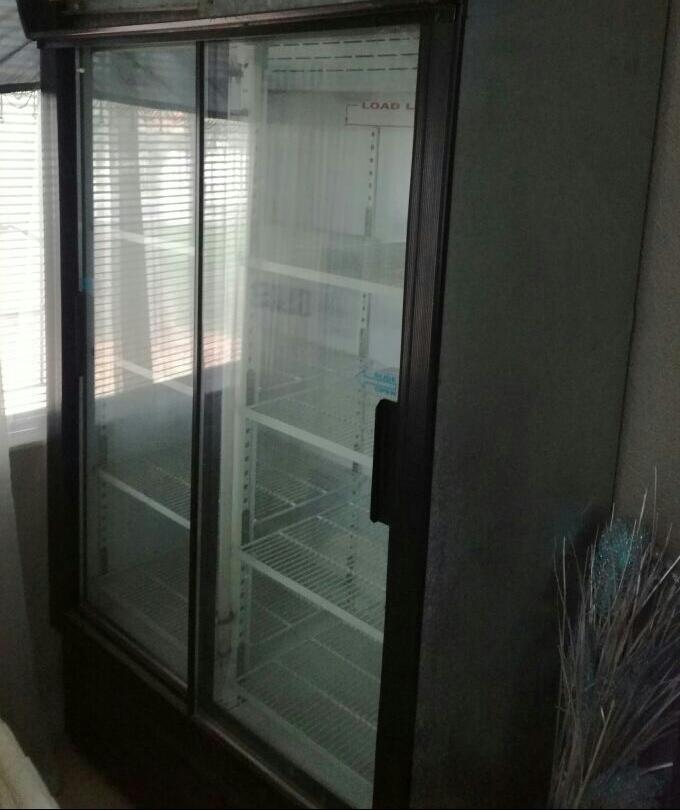 750L sliding door fridge