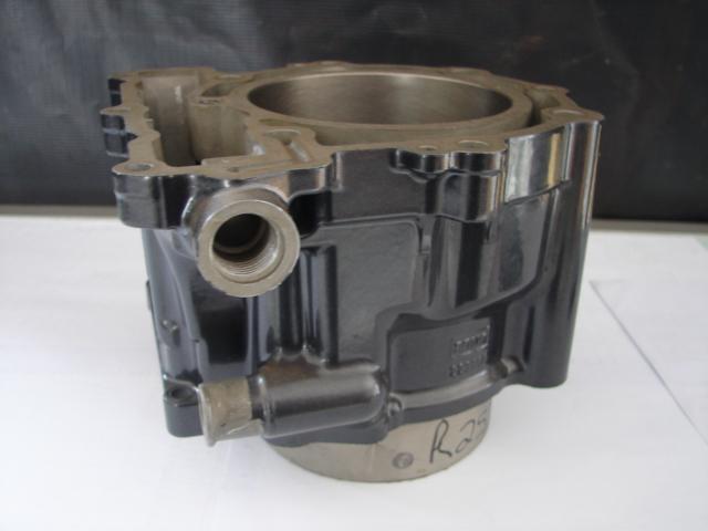 Bom DS650 STD Cylinder 100mm