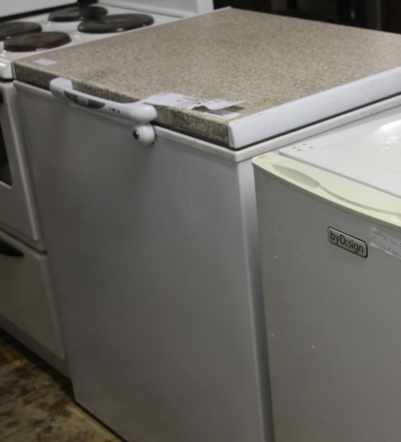 Defy freezer S028563b #Rosettenvillepawnshop