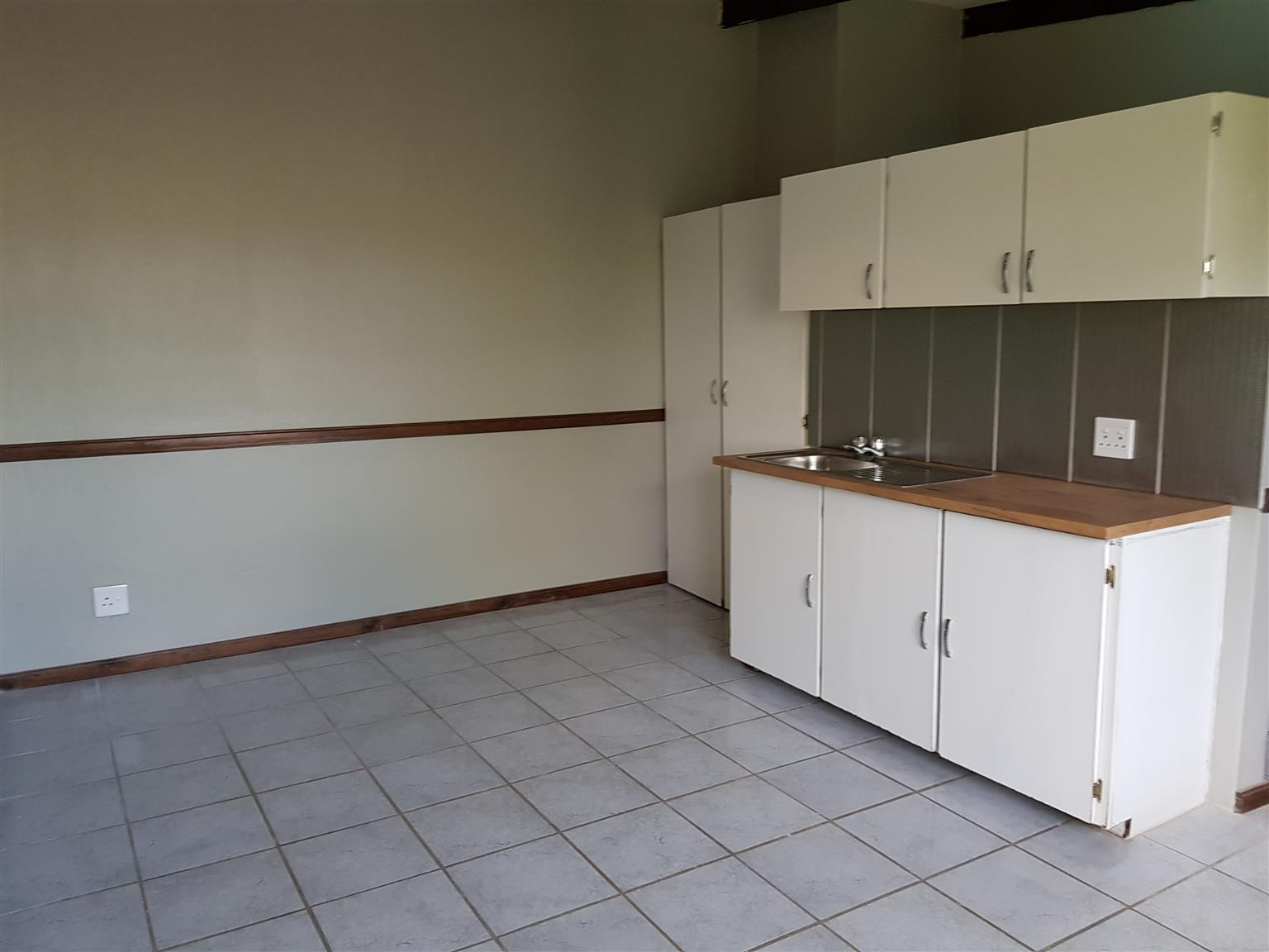 Leeuwkuil Lifestyle Estate - Bachelors Unit
