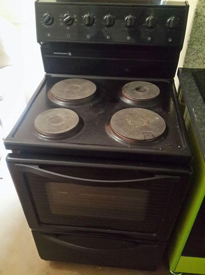 Kelvinator stove