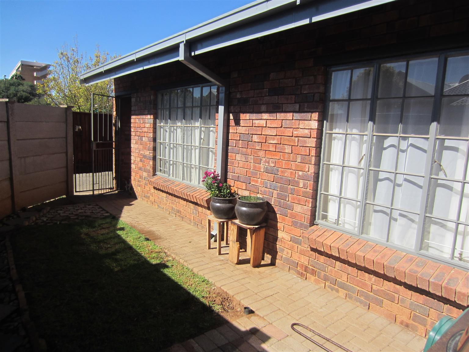 2-Bedroom Townhouse in Willows