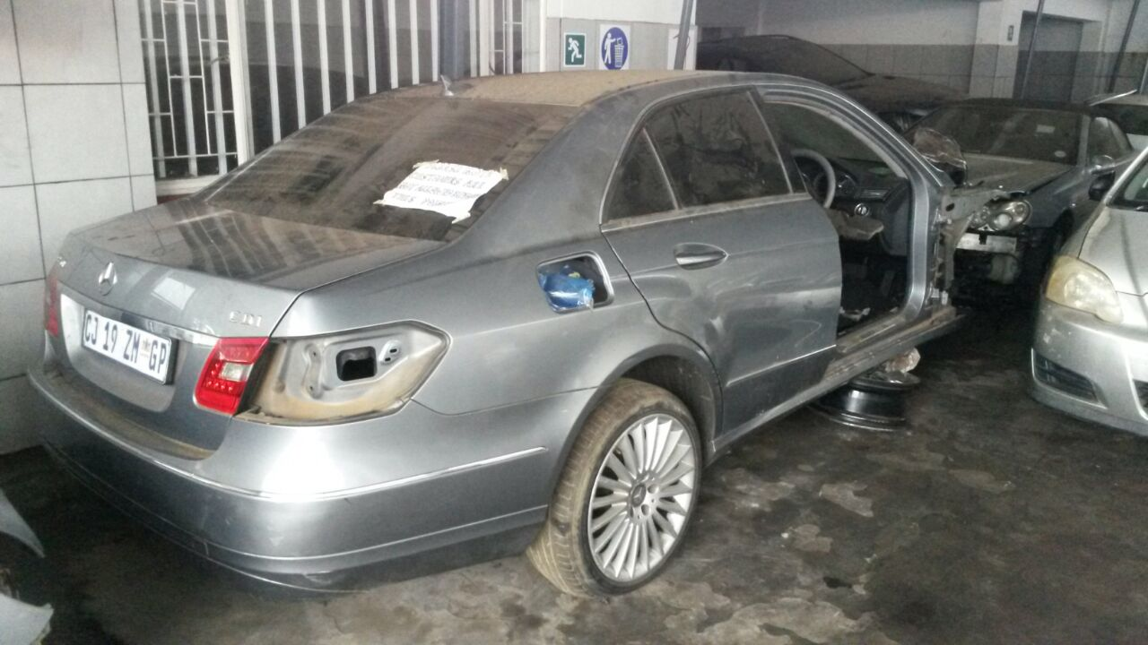 Mercedes E Class W212 Stripping for Spares