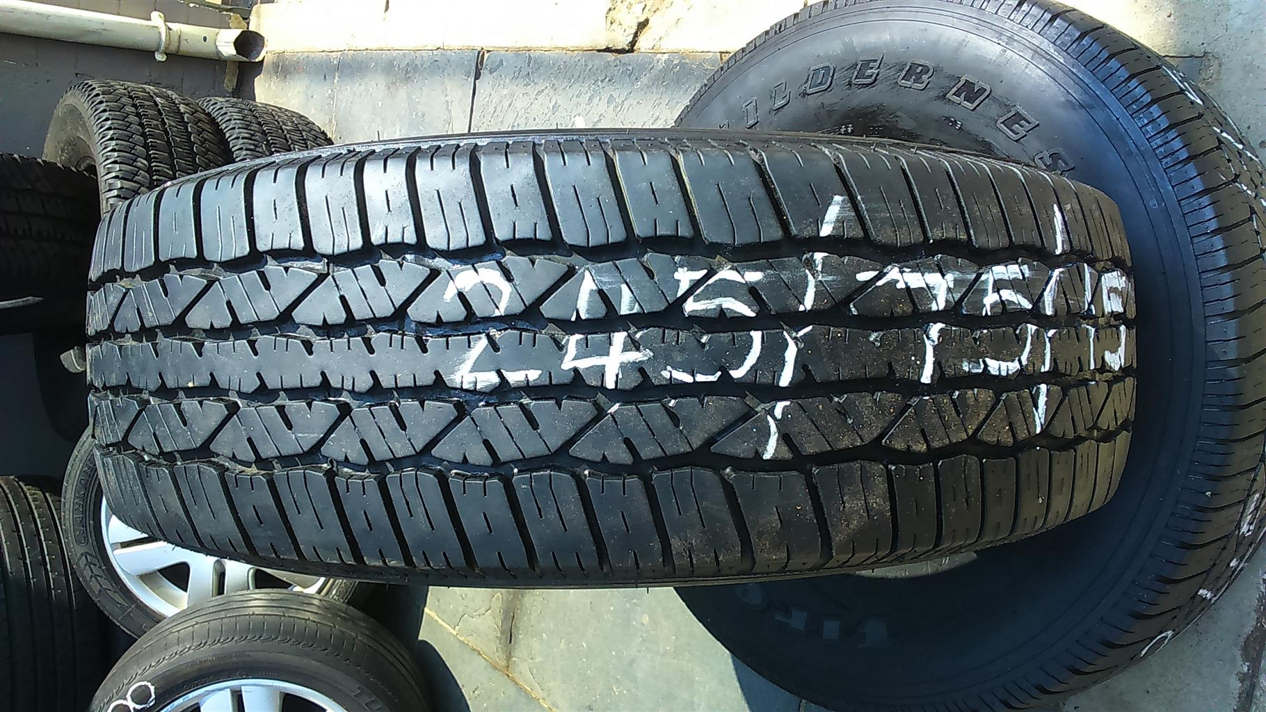 "2x245/75/15"" Tyres Firestone"