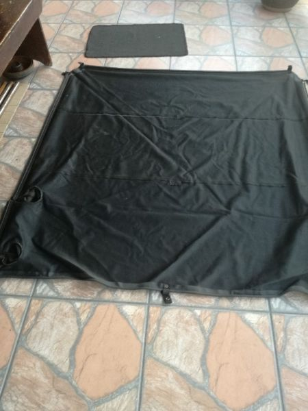 Looking for a Toyota Legeng 45 Xtra Cab tonneau cover