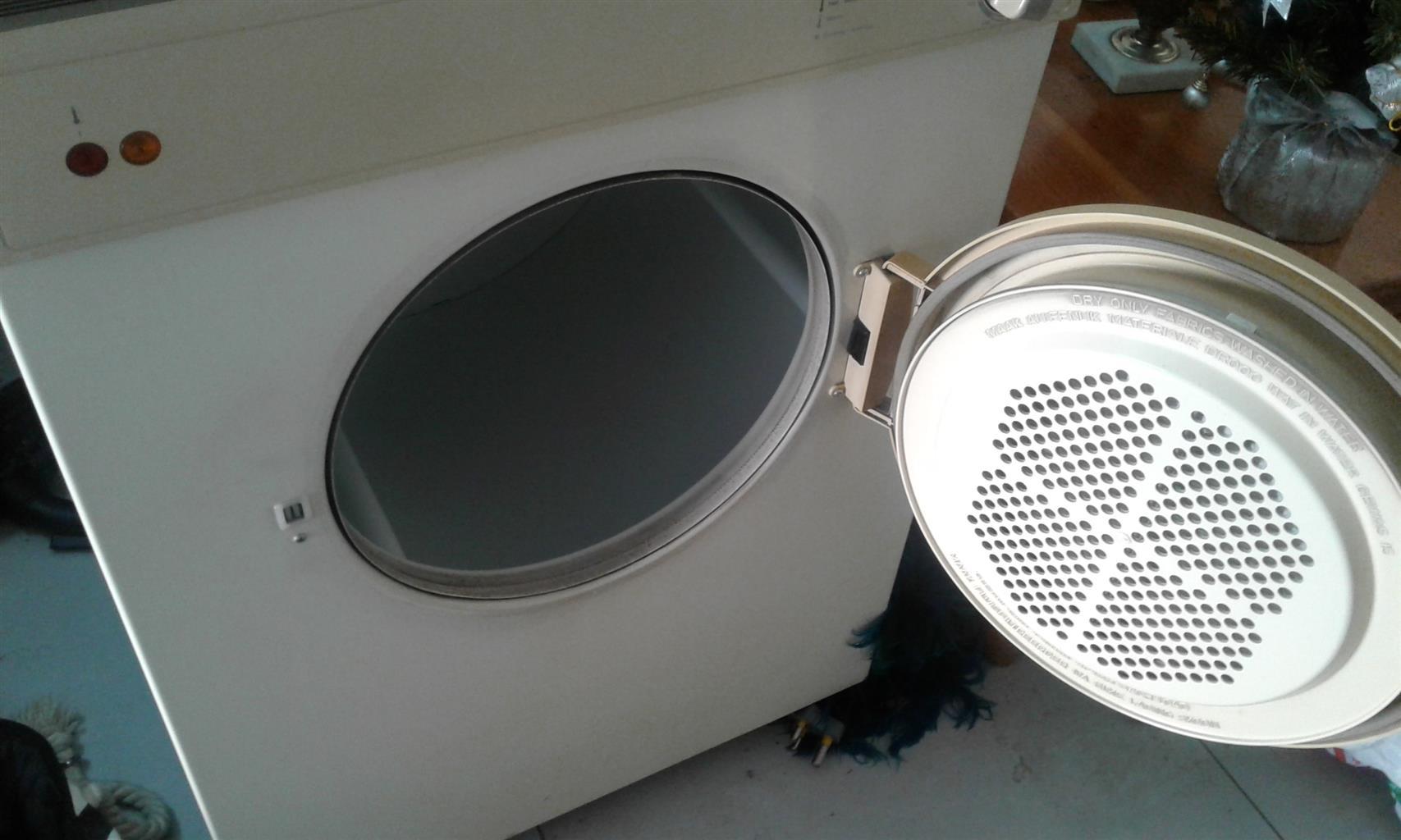 5KG Frigidaire Tumble Dryer For Sale