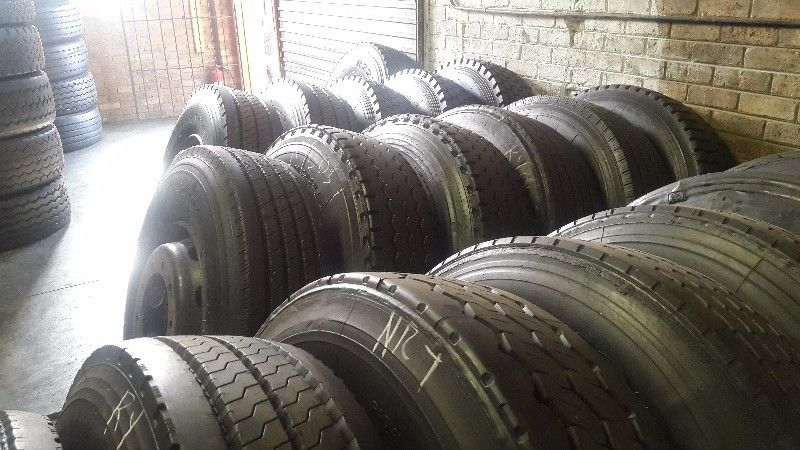 ROYAL BUS & TRUCK TYRES: WE SELL BRAND NEW,SECOND HAND & NEW RETREADED TYRES
