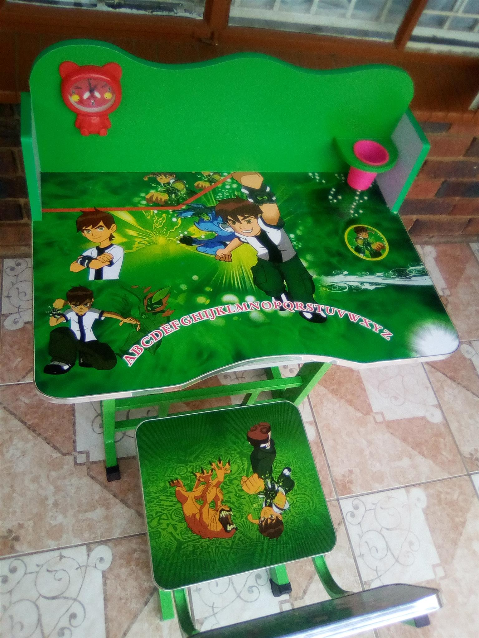 # 27 +28 KIDS DESK SET