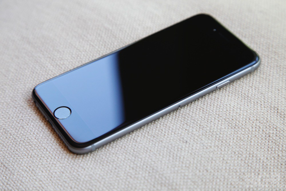 **BARGAIN PRICE** iPhone 6S stylish 64GB to sell or swop