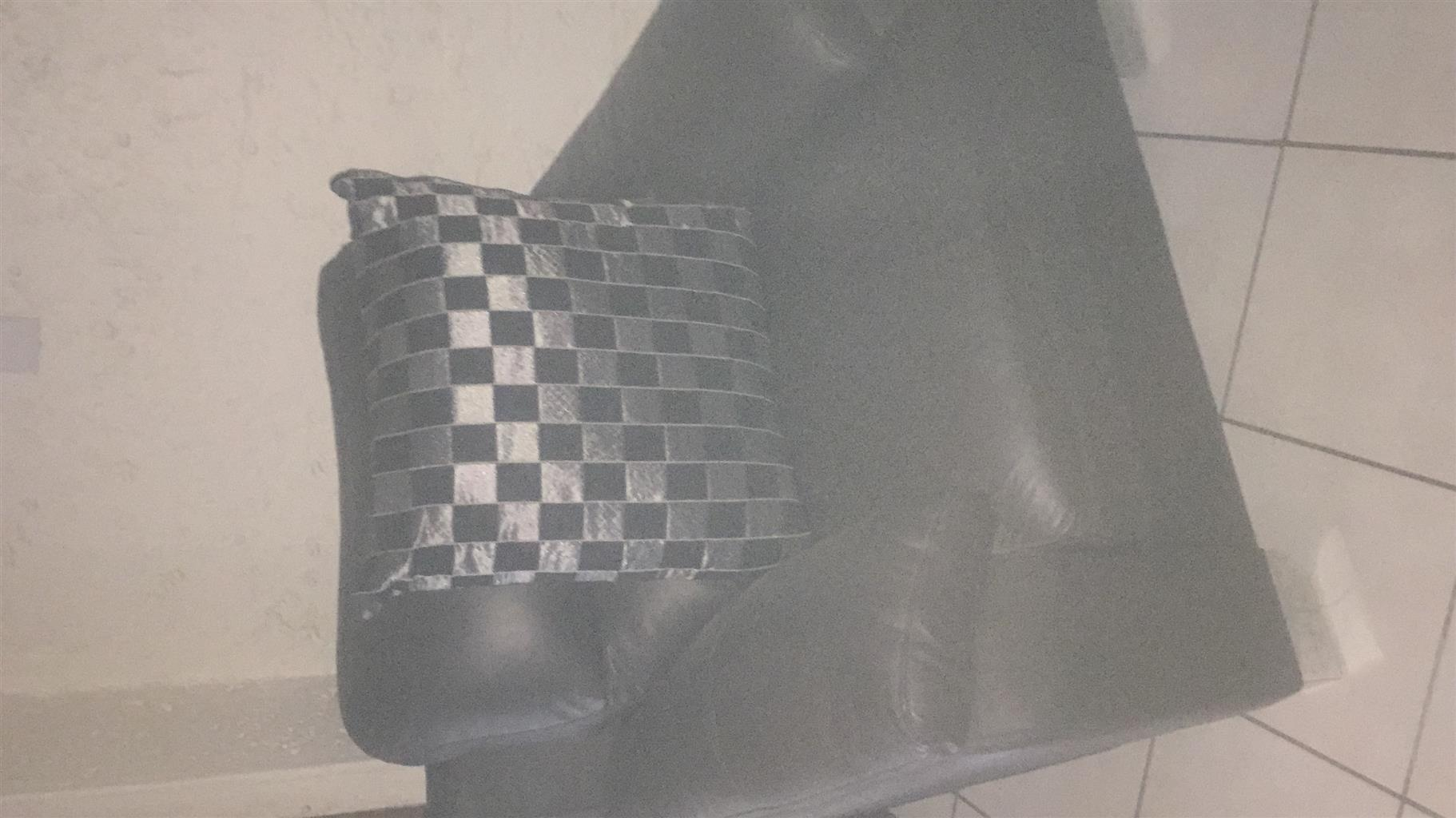 Leather lounge suite brand new