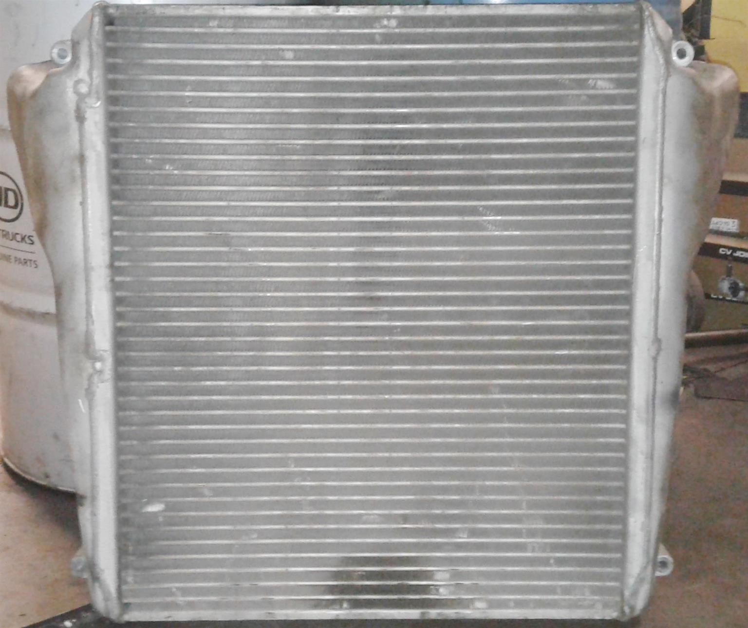 TRUCK INTERCOOLER
