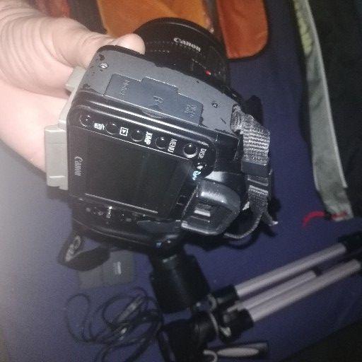 canon 400D digital camera | Junk Mail
