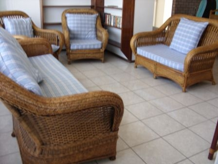 Shelly Beach 3 Bedroom 2 Bathroom Furnished Flat R6500 pm St Michaels-on-Sea Uvongo occupation January