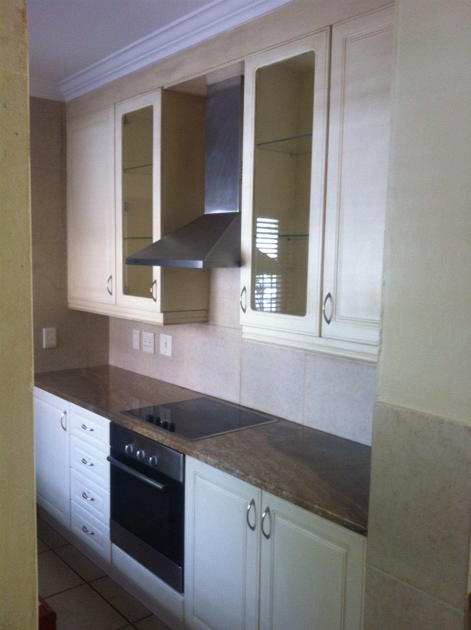 kitchen-Cream Painted Kitchen