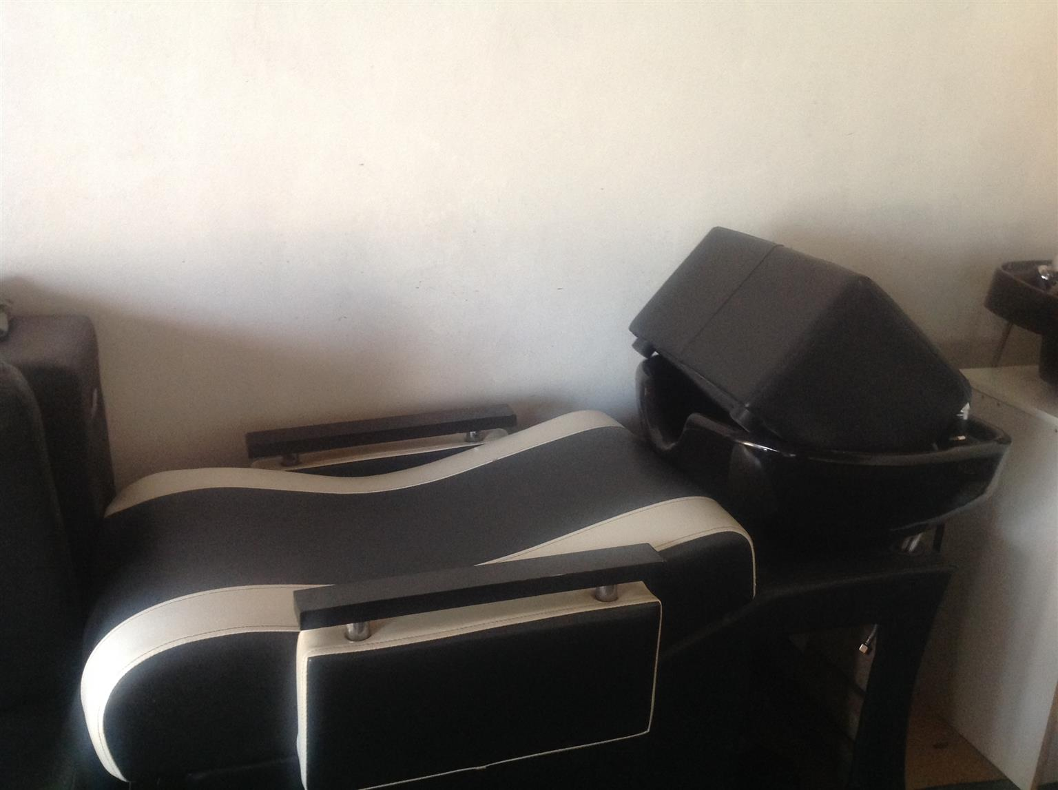Salon wash basins for sale junk mail for Salon basins for sale
