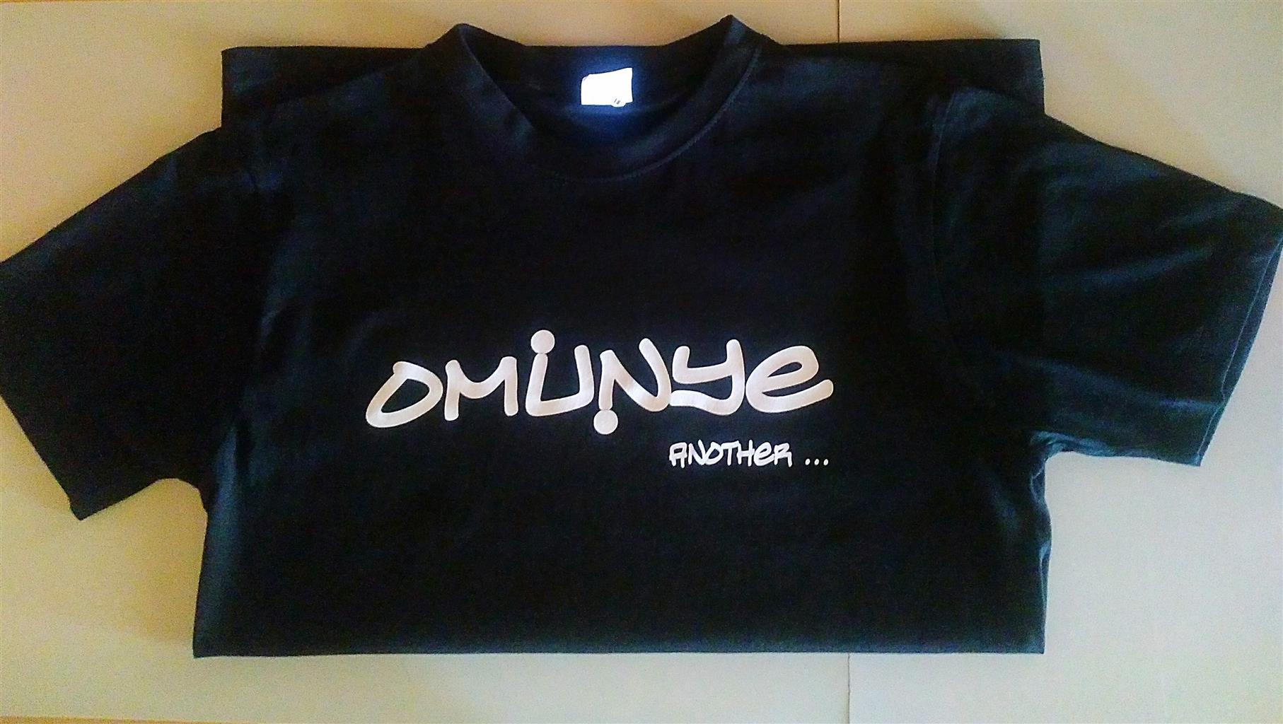 Fashionable Unisex Omunye Teez for Sale