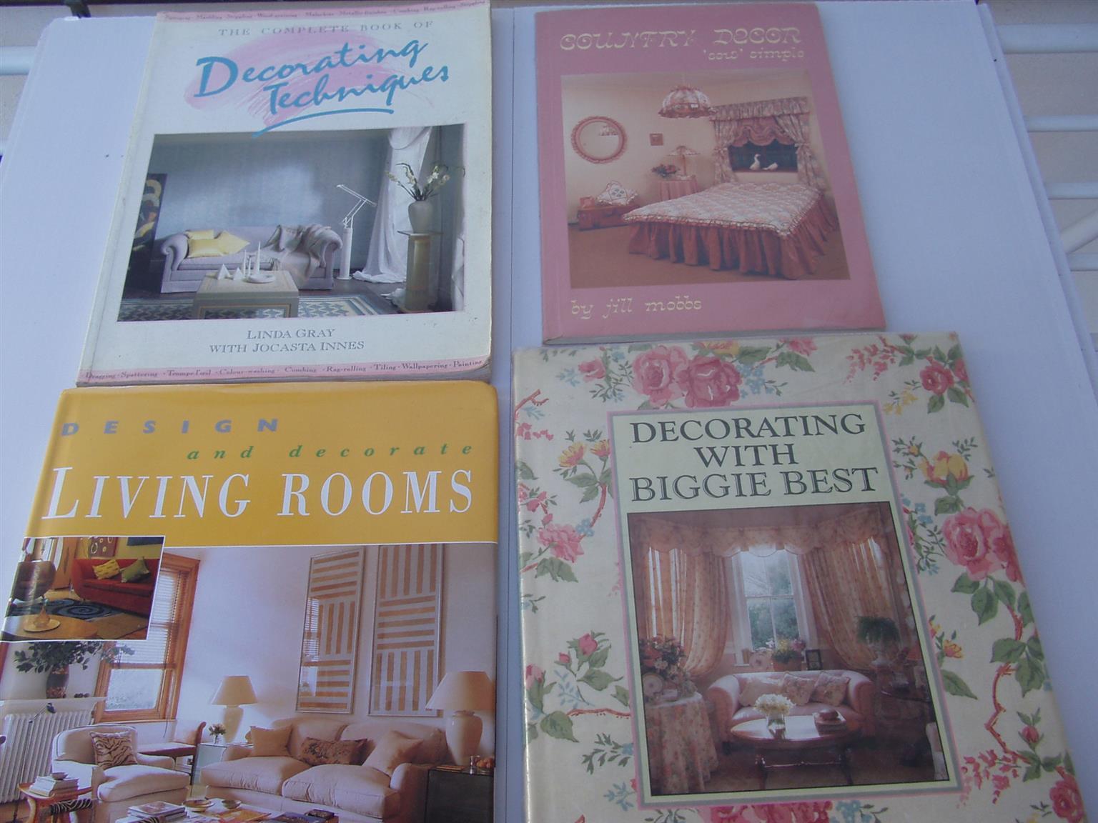 Home Deco Books x 4  home deco books in excellent condition