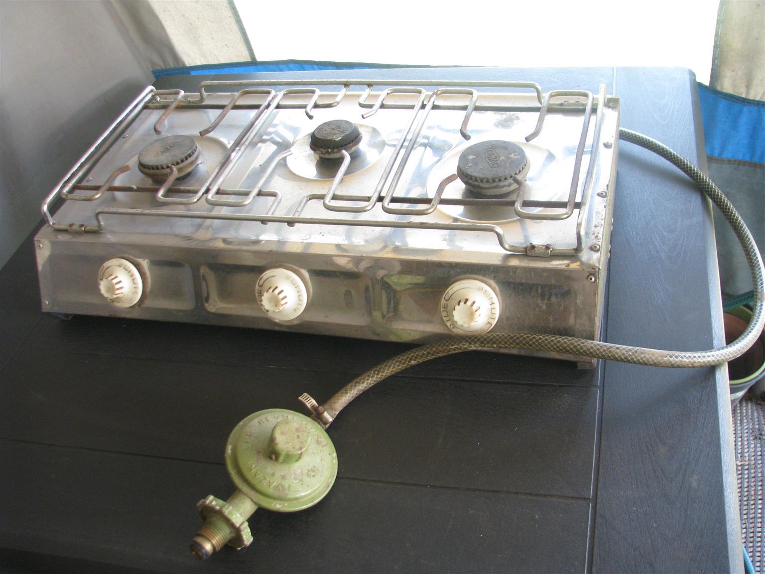 Cadac 3 burner cooker.