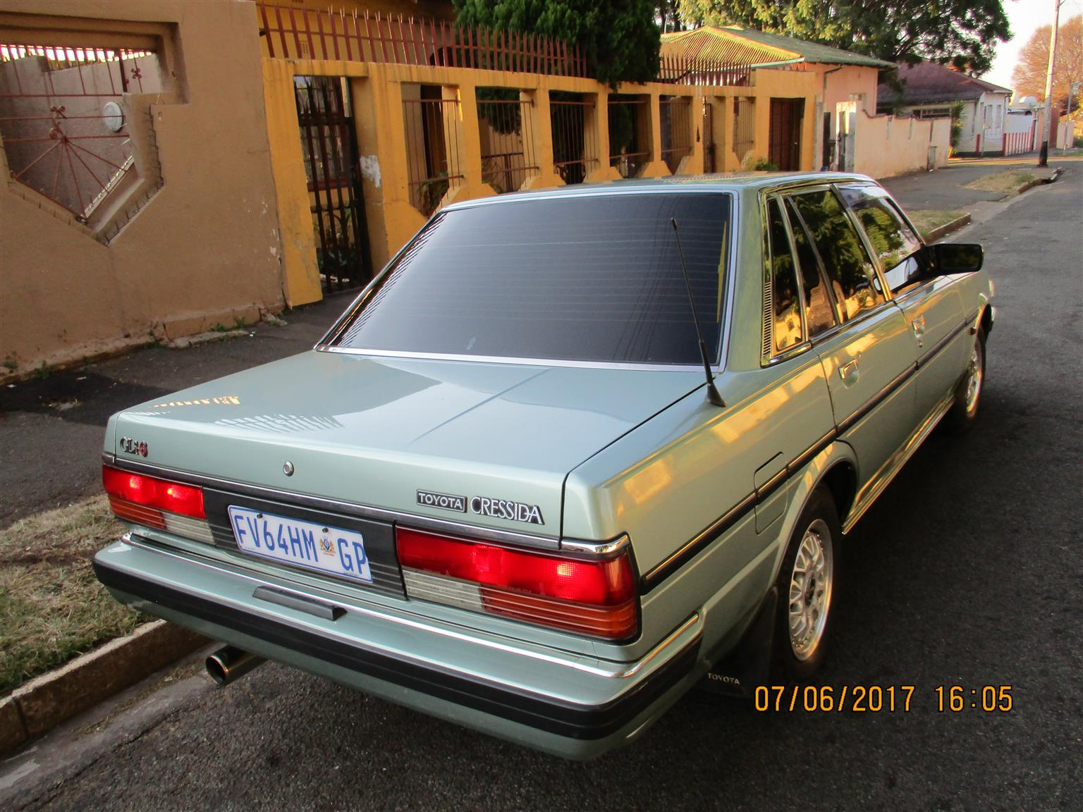 Toyota Cressida GLI-6 Fuel Injection