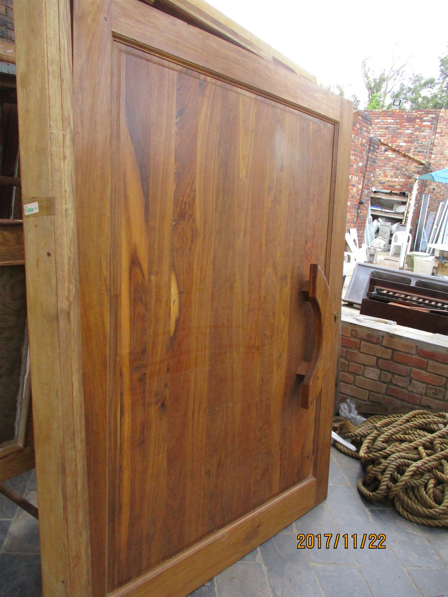 2nd hand Kiaat pivot door and frame for sale