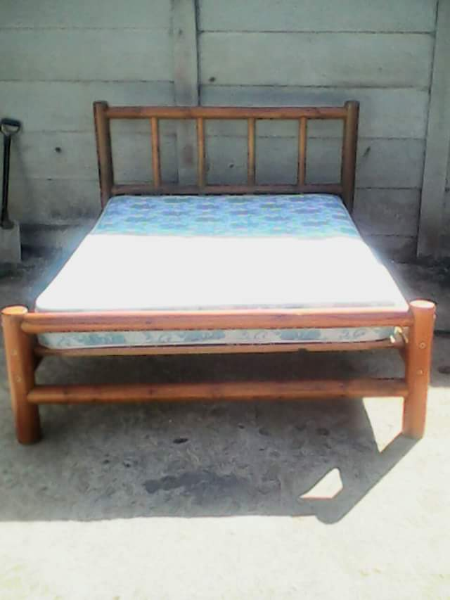 Beautiful double bed for sale