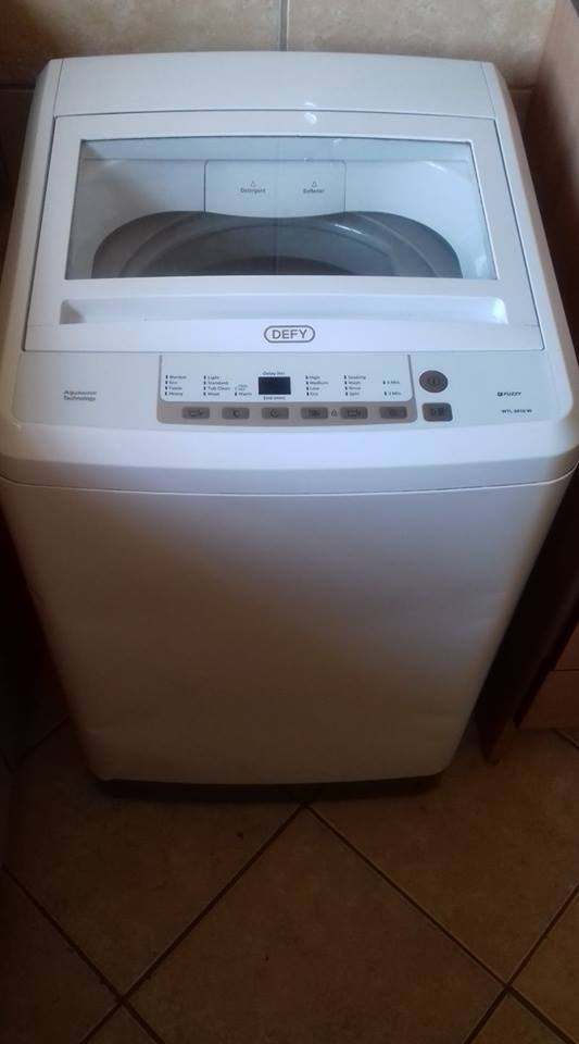 Top loader Defy washing machine