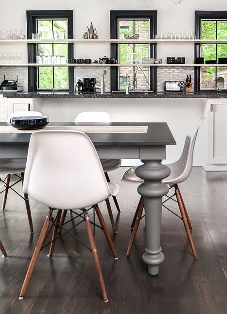 Mid Century   Modern/retro/trendy Dining Chair   Brand New R650 Each (