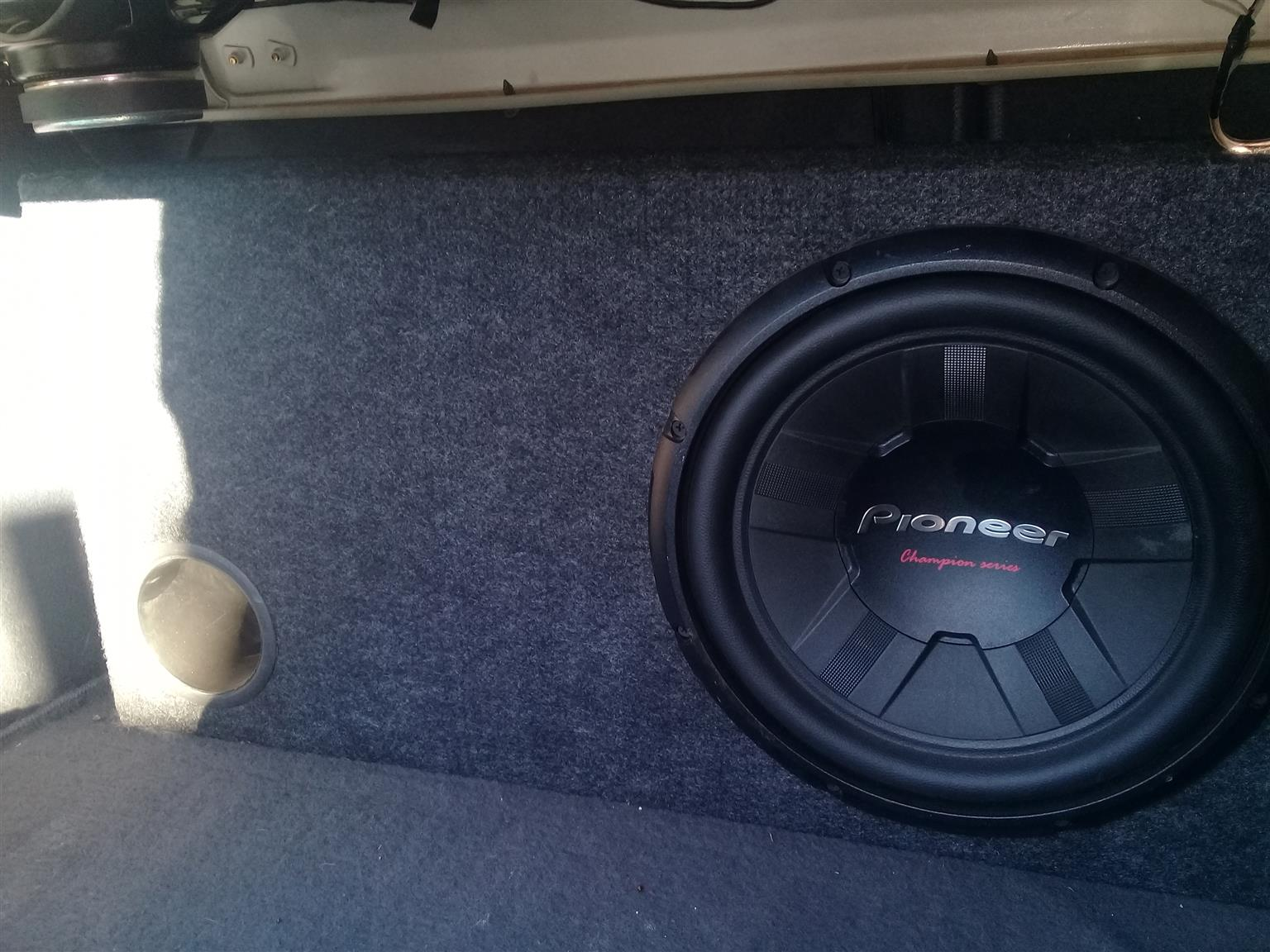 Pioneer Subwoofer build in a box as good as new