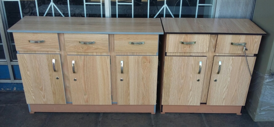 Bargain !!! Brand New Wooden Kitchen Cupboards