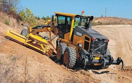 Mining school Boilermaker training practical, 777 dump truck Front end loader Excavator training RDO