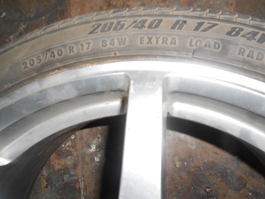 MAG RIM WITH TYRE AND MAG WITH NO TYRE