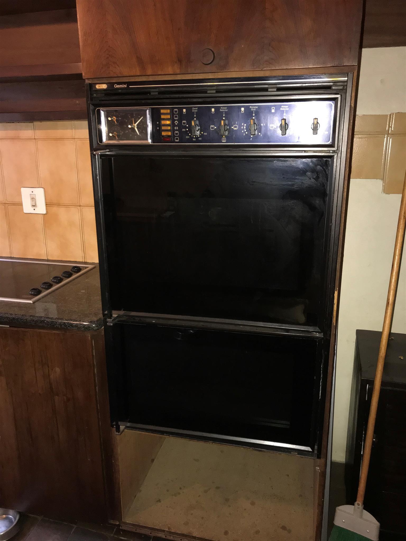 Defy Double Door Oven For SALE