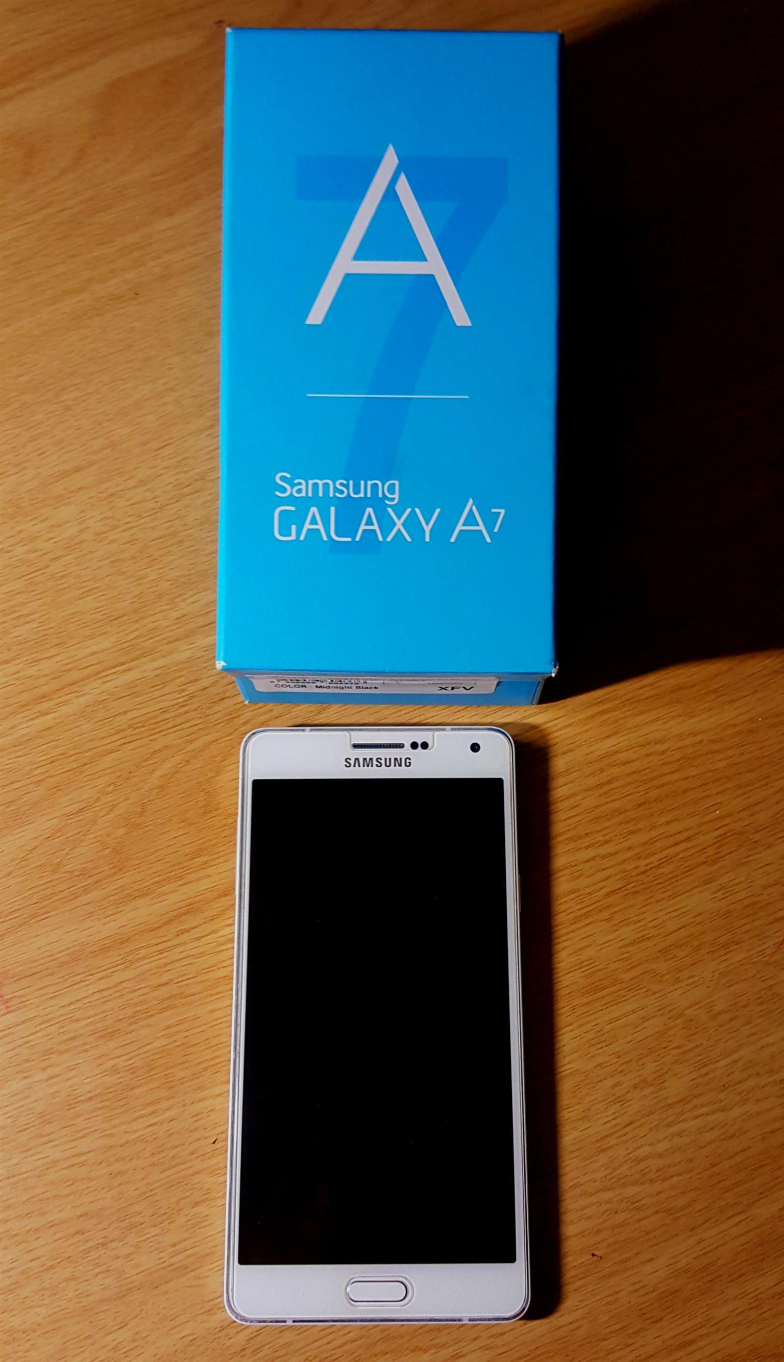Samsung A7 Pearl White