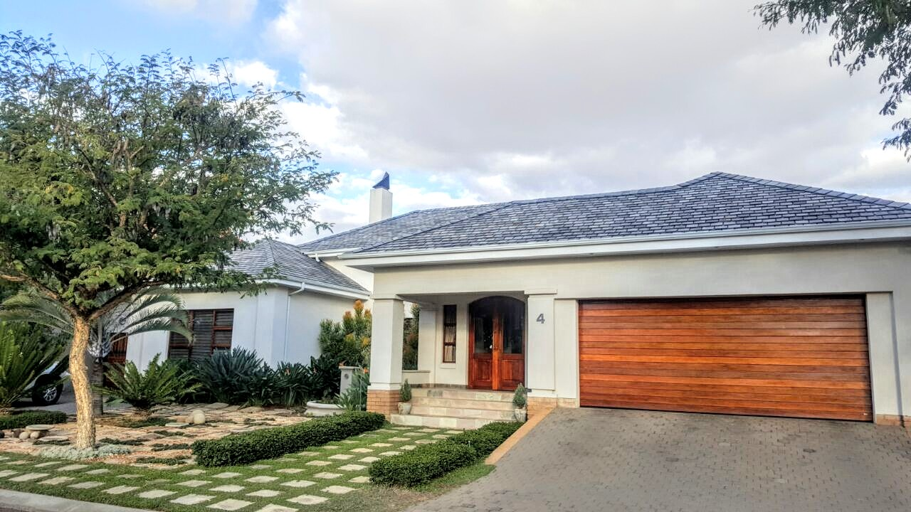 POLOKWANE, CYCAD ESTATE:  CHOOSE ABSOLUTE LUXURY AND STYLE!!!!!